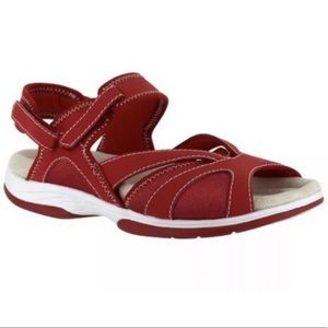 Easy street memory foam sandals red Sz 10 NIB